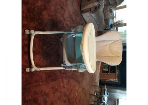 Contour Perfect Fit High Chair